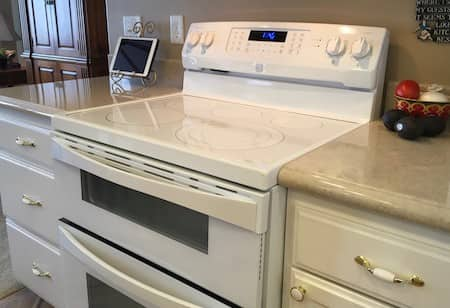 countertop kitchen next to stove - cultured granite in Central Point, Oregon